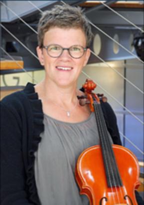 Erika Backlund, viola